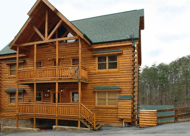 Big Bear Cinema 510 5 Bedroom Cabins Pigeon Forge