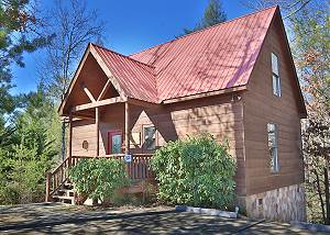 A Bear Moment  #112 1 Bedroom Luxury Log Cabin Near Pigeon Forge with pool table & arcade game