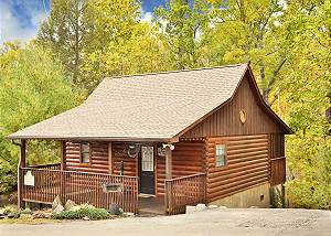 Cherokee Nights #132 Charming Pet-Friendly 1 BR Studio Pigeon Forge Resort Cabin Near Dollywood