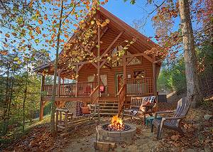 WET BEAR PAWS #146 Gorgeous Semi-Private Two Bedroom Cabin Located Just minutes from Dollywood