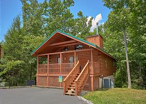 SUITE HARMONY #243 Two bedroom log cabin home two miles to Downtown Gatlinburg w/ master suites