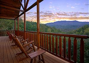 Splash Mansion #500 Best View in Gatlinburg! Secluded Log Cabin near Smoky Mountain National Park