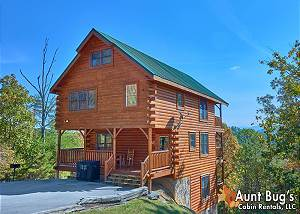 INCREDIBLE VIEW - #326 3 Bedroom Smoky Mountain Cabin Rental with Mountain Views, Game Room, Hot Tub