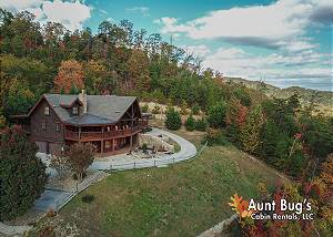 STAIRWAY TO HEAVEN #556 Private Smoky Mountain Lodge w/ Incredible Video Arcade/Game Room/Views!