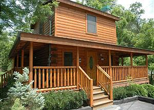 RIVER ROMANCE 141 One Bedroom River Cabin Within Walking Distance to Pigeon Forge Parkway