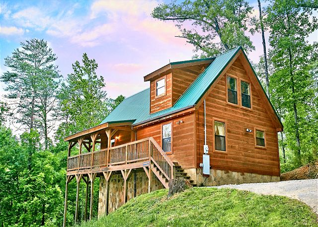 A Bear\'s Eye View 251 | 2 Bedroom Cabins | Pigeon Forge Cabins ...