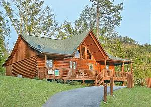 BUCKHEAD #259 Smoky Mountain 2 BR Log Cabin with Pool Access, Pool Table, Near Dollywood