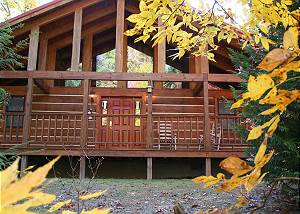 A RAMBLIN ROSE #213 2 bed large cabin, Game Room, Flat Screens, between Gatlinburg & Pigeon Forge
