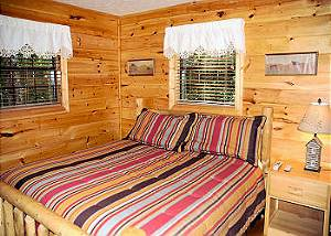 SECRET HIDEAWAY #195 Secluded 1 bedroom log cabin 6 miles from downtown Pigeon Forge TN