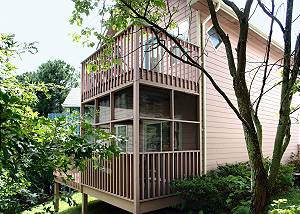 MOUNTAIN DREAMS #138 Mountain Dreams is close to the Ski slopes and convenient to Gatlinburg