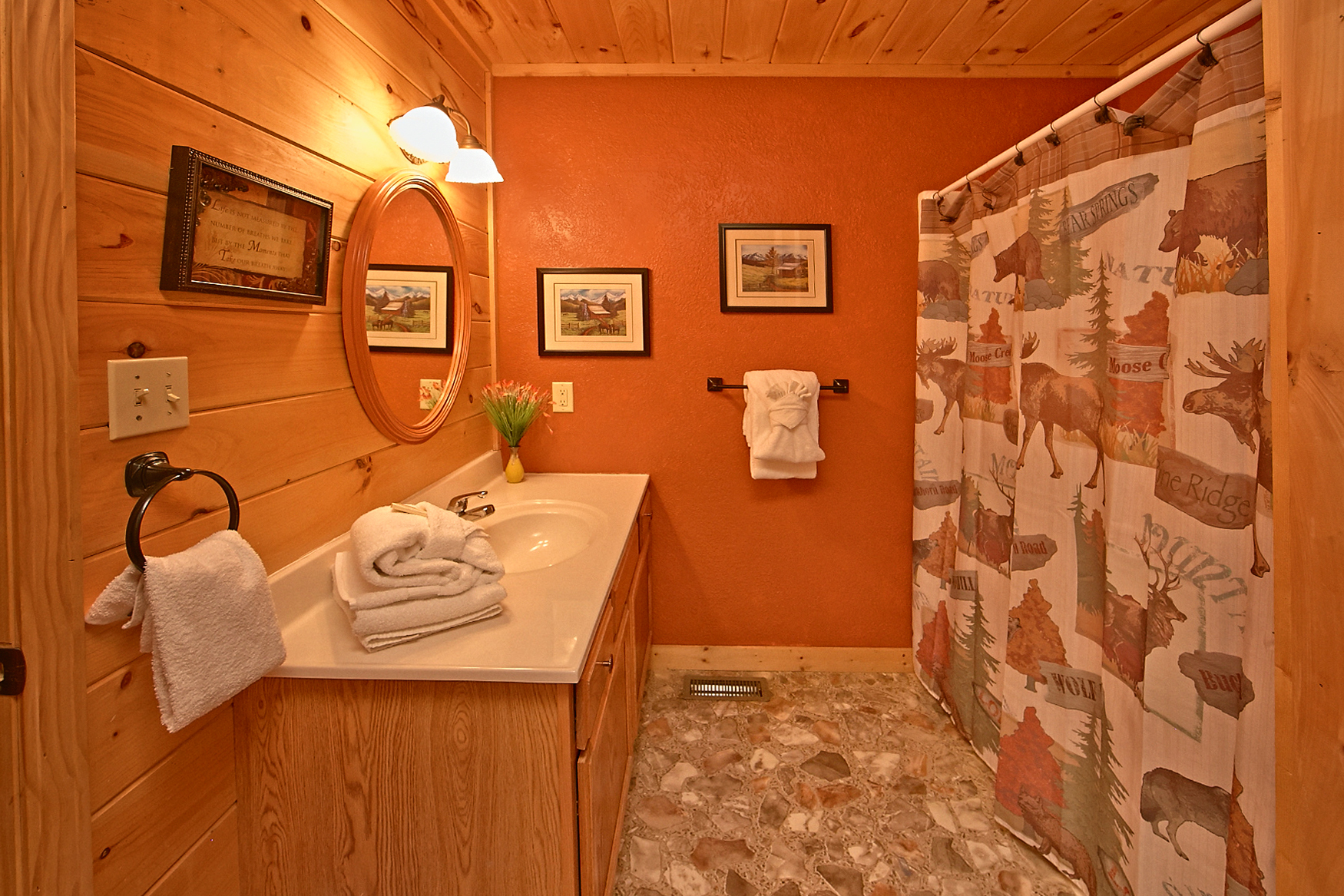 Sevierville cabin rental dream maker 120 1 bedroom for Dream bedroom maker