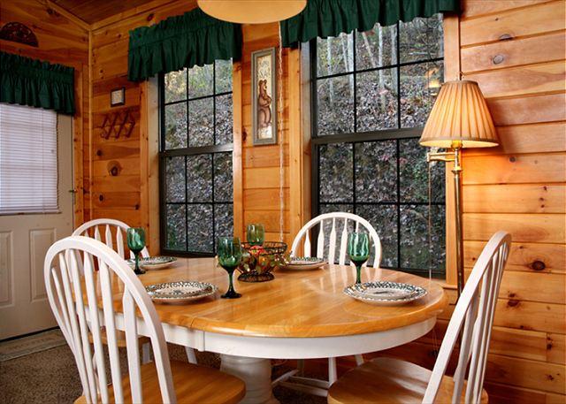 Four Seasons 1 Bed 2 Bath Cabin Acorn Cabin Rentals