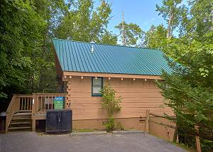 FOXY LADY #1531 1 Bedroom Cabin Close to Downtown Gatlinburg, National Park and Arts & Crafts