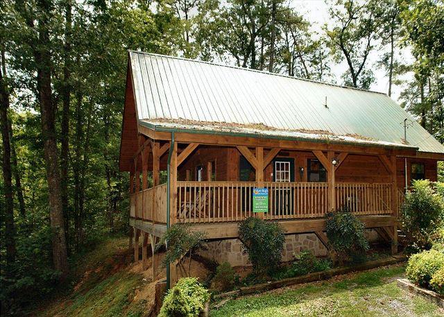 2 Bedroom Cabins in Pigeon Forge - Acorn Cabin Rentals