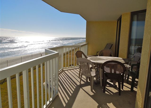 Charleston Oceanfront Villas 110- Great Deals in August!