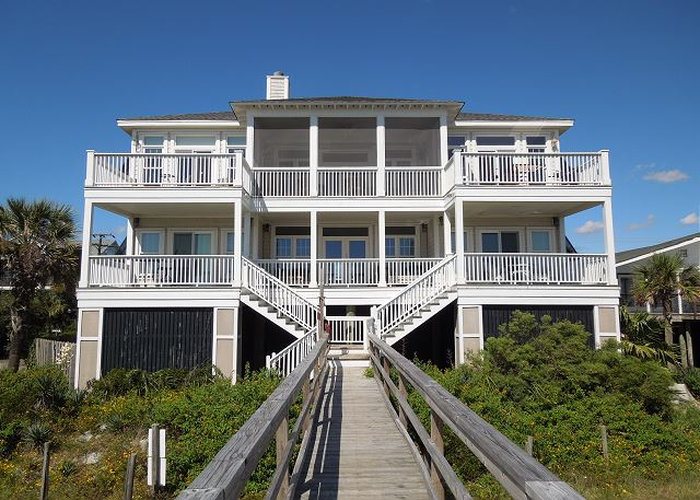Gracious 5 Bedroom Oceanfront Home