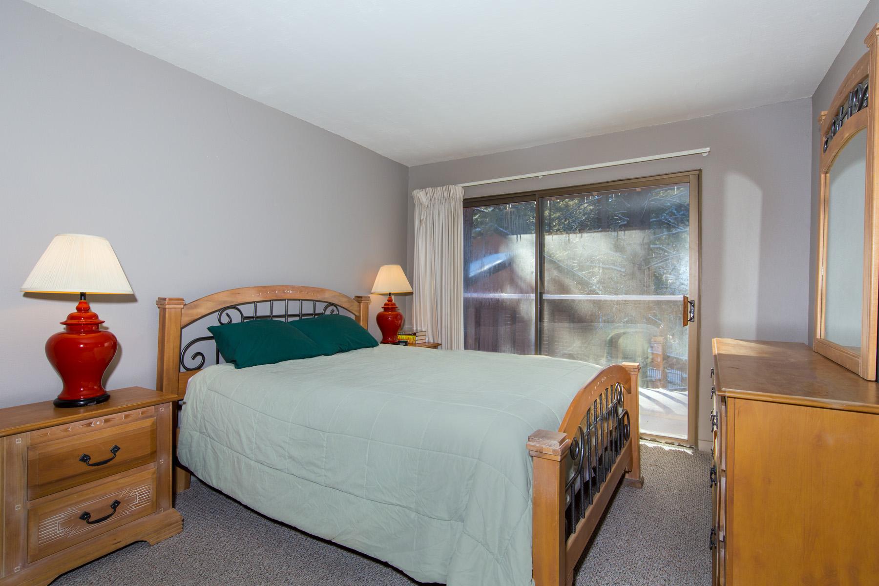 Tahoe, Summit J1 Master Bedroom