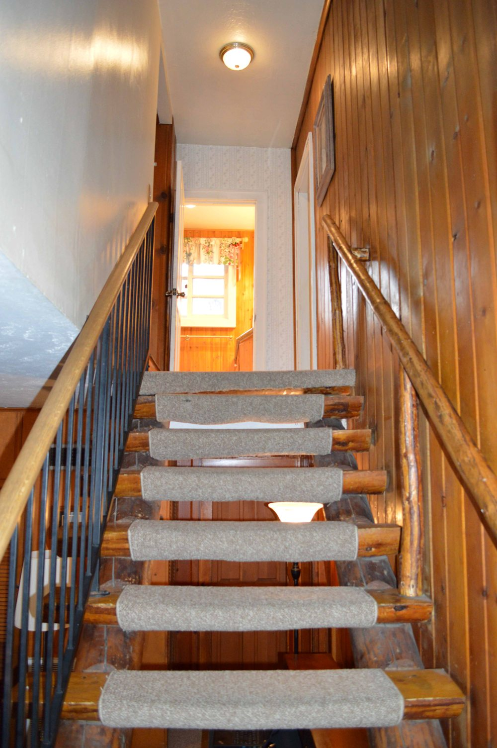 Tahoe, CCBirch Staircase