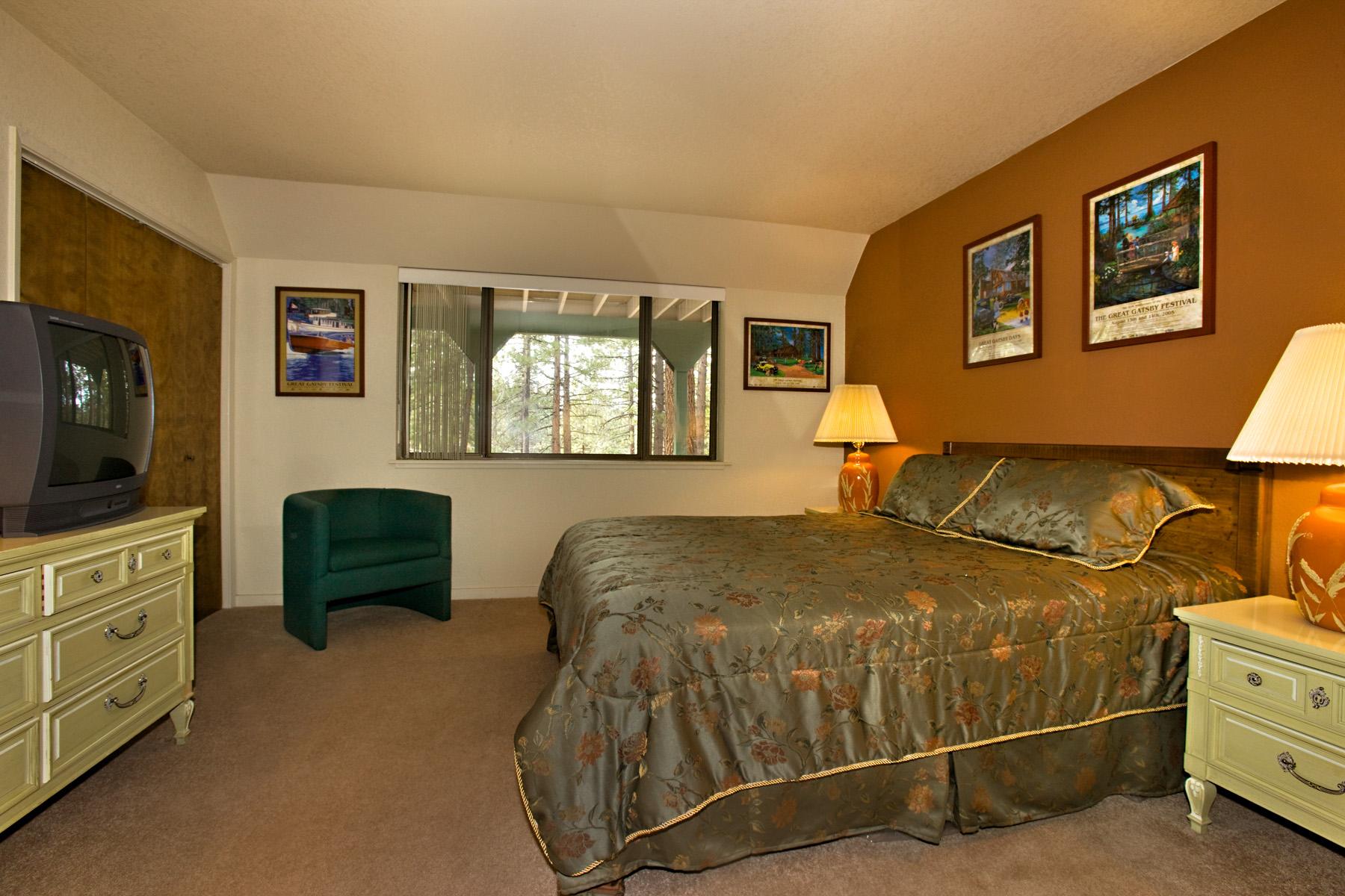 Tahoe, Tahoe Tyrol 1240, 1st bedroom
