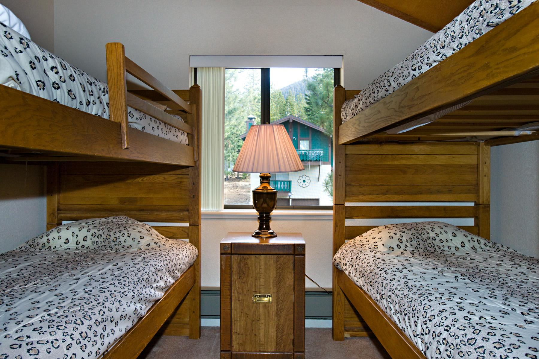 Tahoe, Tahoe Tyrol 1240, upstairs loft