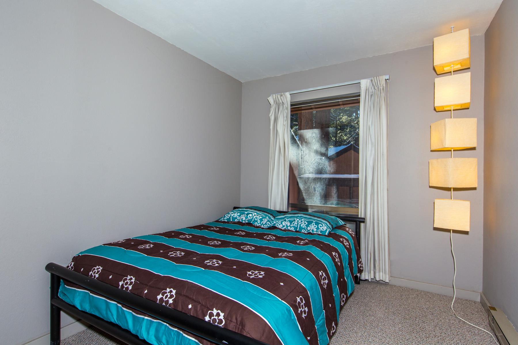Tahoe, Summit J1 bedroom2
