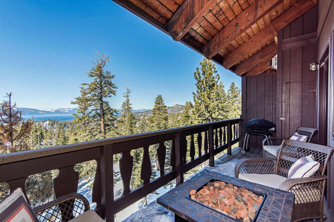 amazing view from the milky way condo of the Lake Tahoe