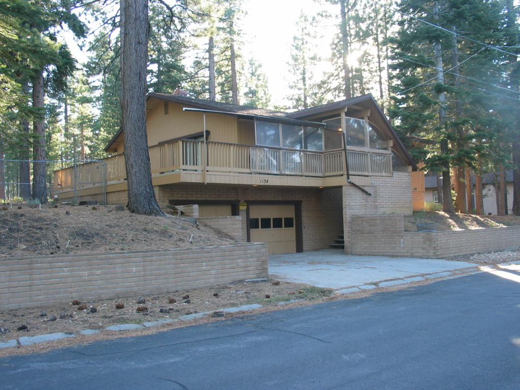 Tahoe, Gold Dust Trail home