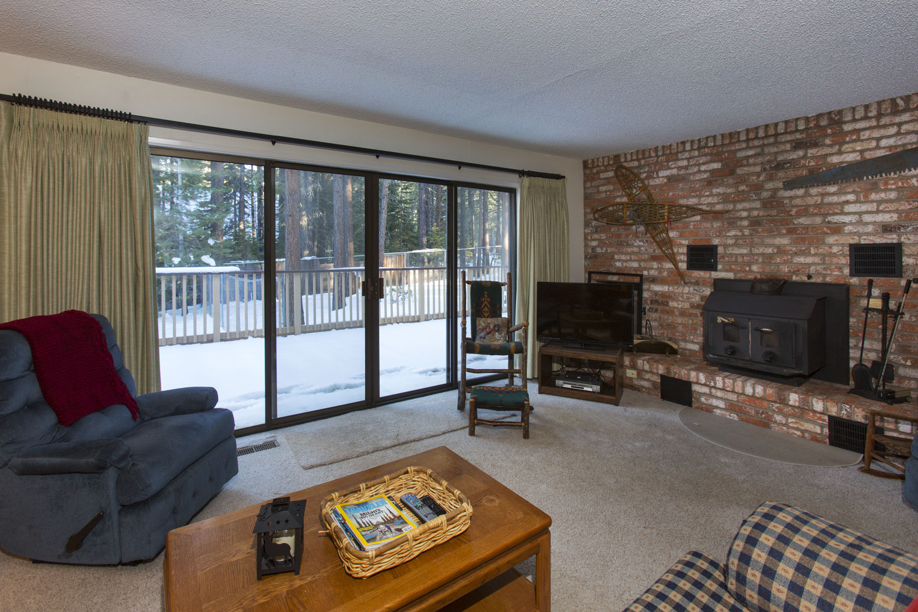 Tahoe, Gold Dust Home Fireplace and Deck