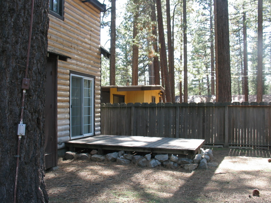 South Lake Tahoe Larch Cabin