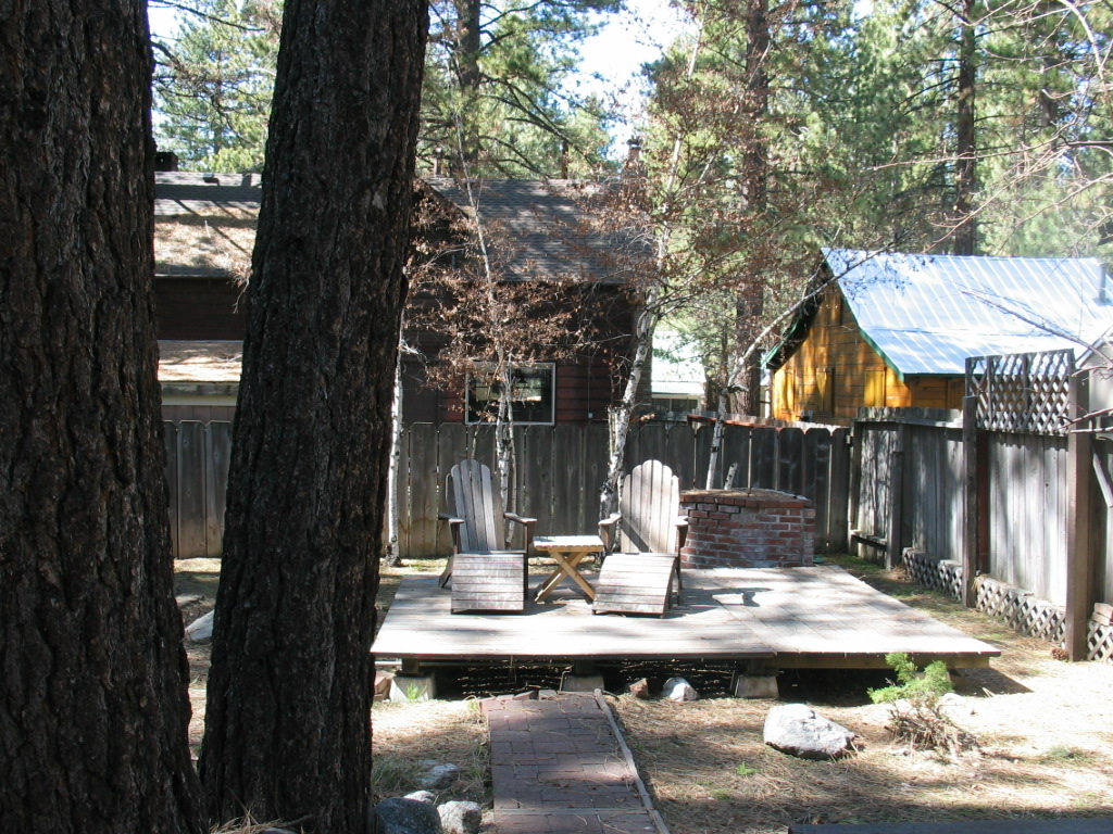 South Lake Tahoe Larch Cabin back deck