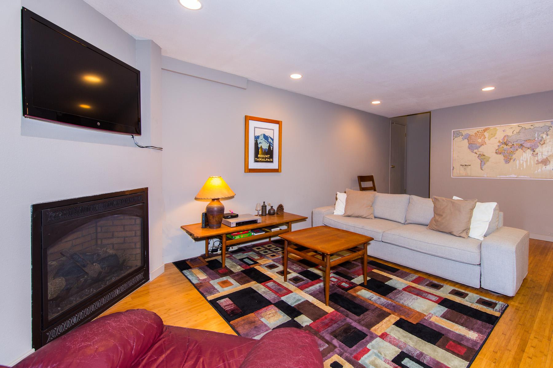 Tahoe, Summit J1 Living Room