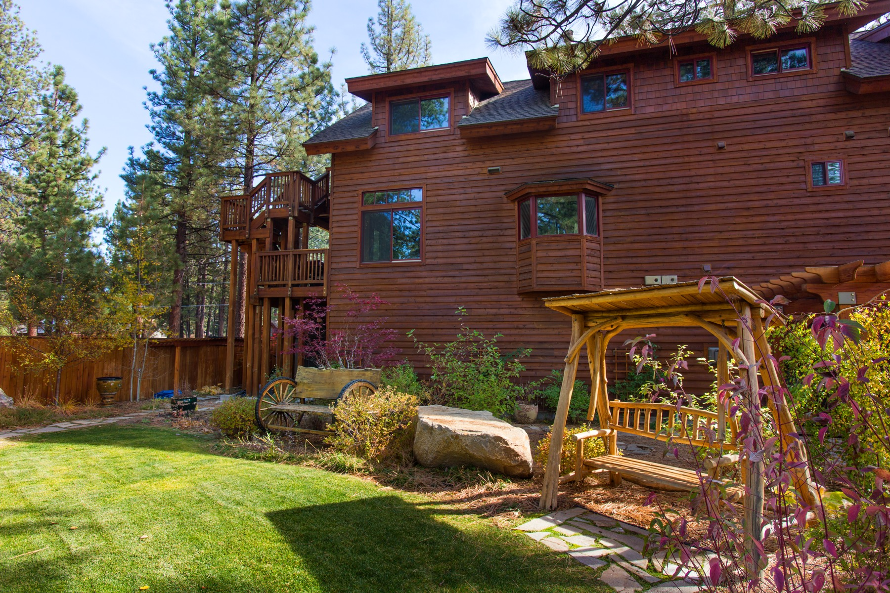 Tahoe, Fresno Rear Garden