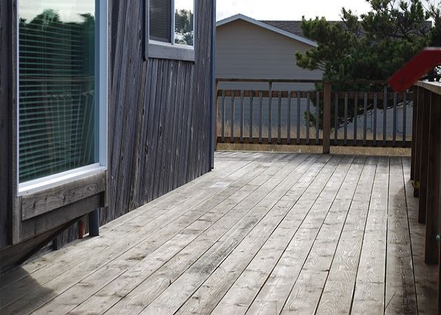 Front Deck and View