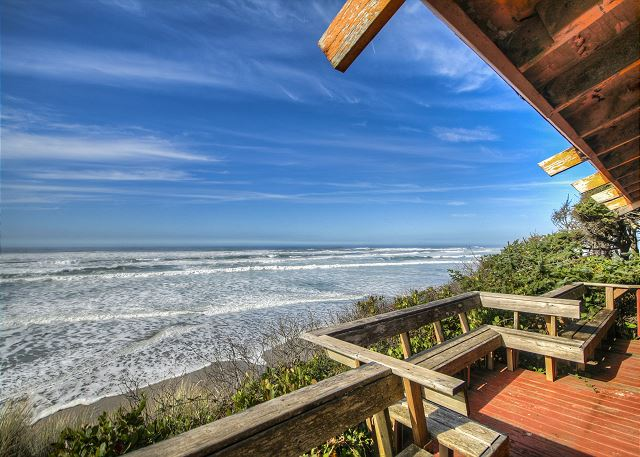 Sit out on the built in benches and enjoy the ocean from the outer deck. When the tide is in it comes right to the bottom of the stairs.