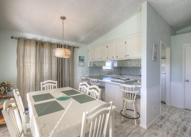 Beautifully new remodeled dining and kitchen area, seating for 6.