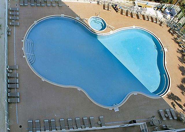BEACHFRONT FOR 6! GREAT VIEWS! OPEN 3/29-4/5! TAKE 10% OFF! - Panama City Beach, Florida