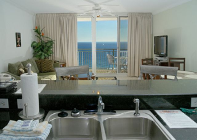 BEACHFRONT FOR 6! GREAT VIEWS! OPEN 3/8-15! $895 TOTAL! - Panama City Beach, Florida