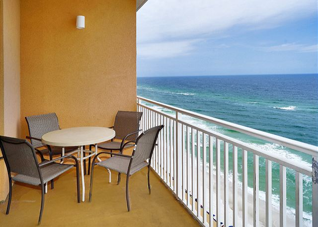 CUTE BEACHFRONT CONDO FOR 6! OPEN 3/1-8! SPECIAL! $895 TOTAL! - Panama City Beach, Florida