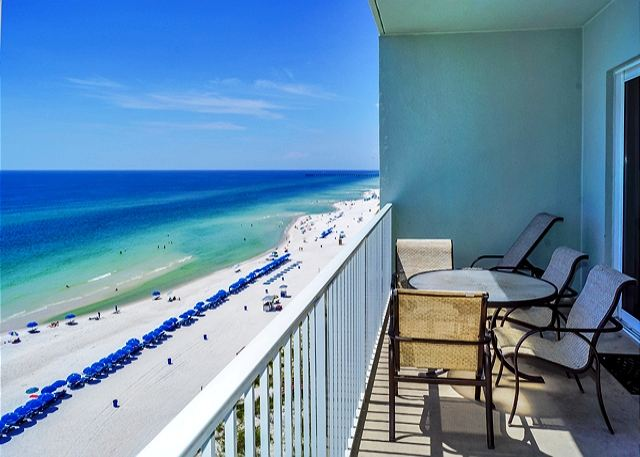 BEACHFRONT & ROOMY FOR 8! OPEN 3/15-22! ONLY $1095 TOTAL! - Panama City Beach, Florida