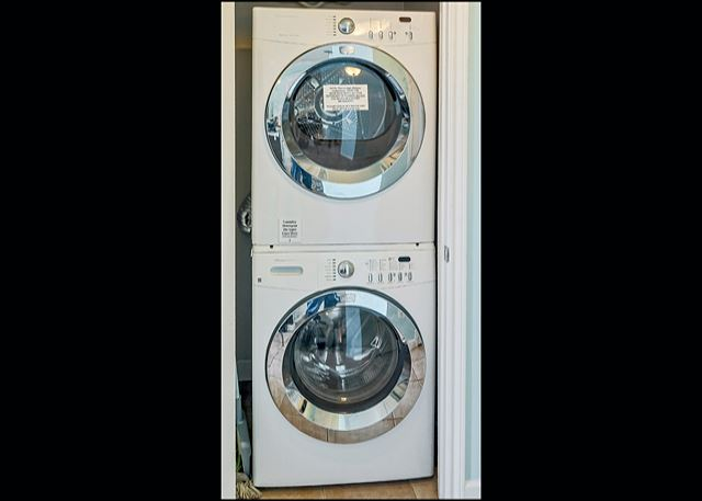 FRONT LOADING STACKABLE WASHER/DRYER