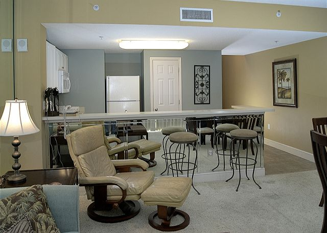 Open Living Area & Breakfast Bar