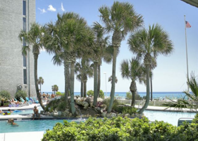 BEACHFRONT FOR 8! OPEN FOR MARCH 21-28! ONLY $842+FEES! - Panama City Beach, Florida
