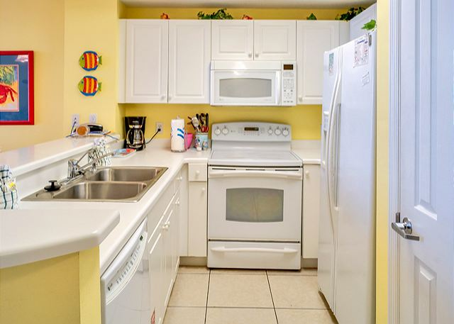 BEAUTIFUL UNIT FOR 7! WITH BEACH SERVICE! OPEN WEEK OF 3/21! ONLY $945+ FEES! - Panama City Beach, Florida