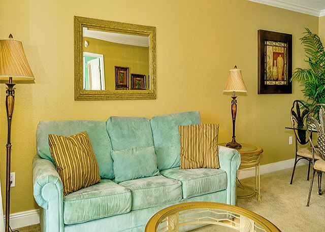 BEACHFRONT CONDO THAT SLEEPS 8! BEAUTIFUL! OPEN 2/28-3/7! ONLY $630+FEES! - Panama City Beach, Florida