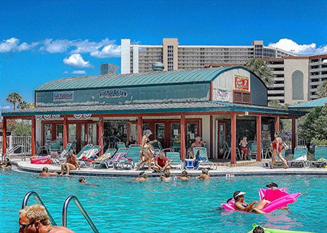 COZY BEACHFRONT CONDO FOR 4! NEW DECOR! OPEN 4-11! - Panama City Beach, Florida