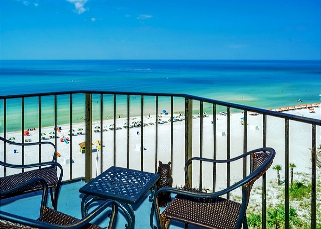 CUTE 7TH FLOOR CONDO FOR 4! GREAT BEACH VIEWS!  OPEN 3/15-22! $795 TOTAL! - Panama City Beach, Florida