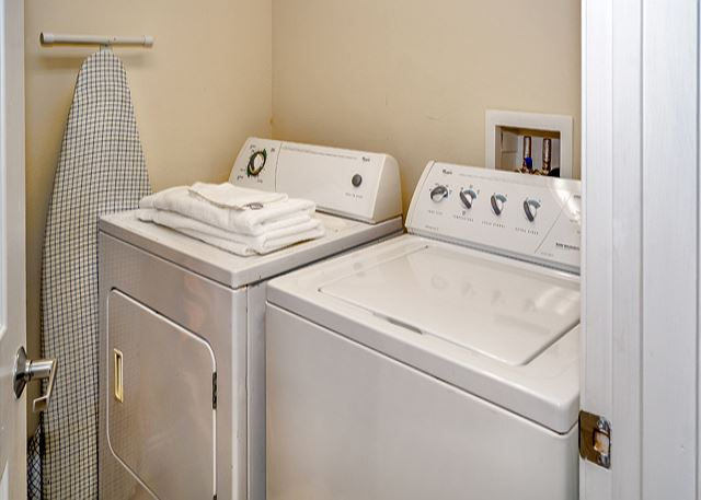 CALYPSO 301 FULL SIZE WASHER AND DRYER