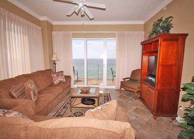 BEACHFRONT! MAGNIFICENT VIEWS! SLEEPS 8! OPEN FOR SPRING BREAK! - Panama City Beach, Florida