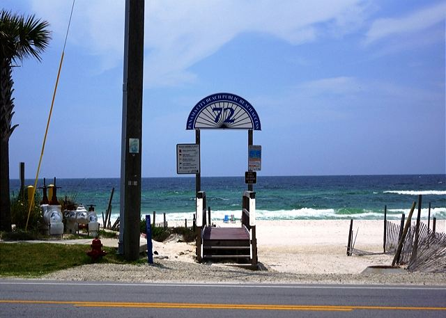 FAMILY FRIENDLY GREAT VIEW FOR 6! OPEN 3/22-29! $995 TOTAL!  SPECIAL! - Panama City Beach, Florida