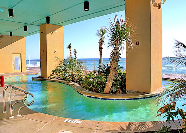 BEACHFRONT FOR 6! OPEN 3/8-15! NOW 15%OFF! - Panama City Beach, Florida
